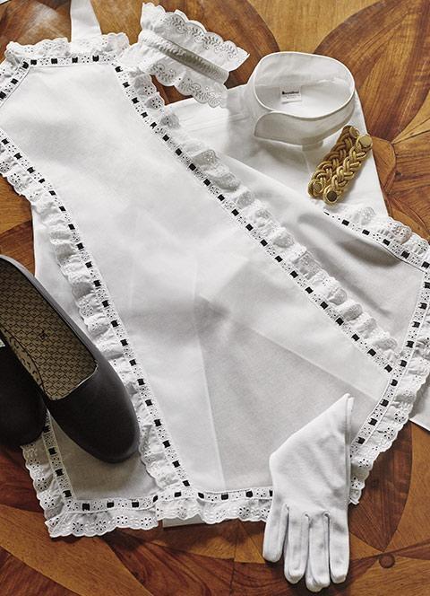 apron mercatores waiter uniform