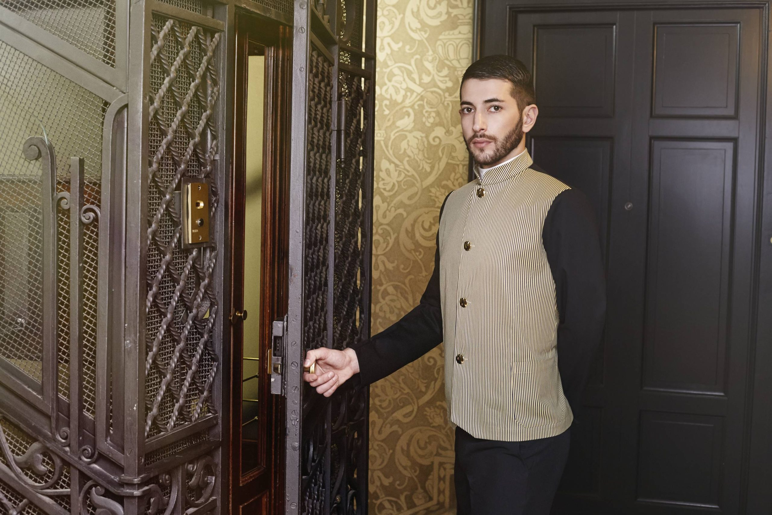 Mercatores-Italian-Uniform-For-Hotel_Catering_Restaurants